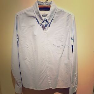 MOSSIMO BLUE BUTTON DOWN SIZE XL